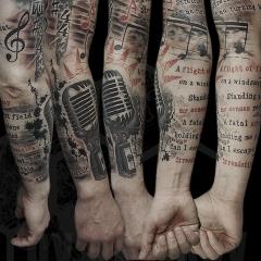Музыкальная татуировка рукав